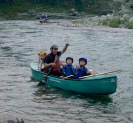 ソロ艇でも小学生とワンコと一緒